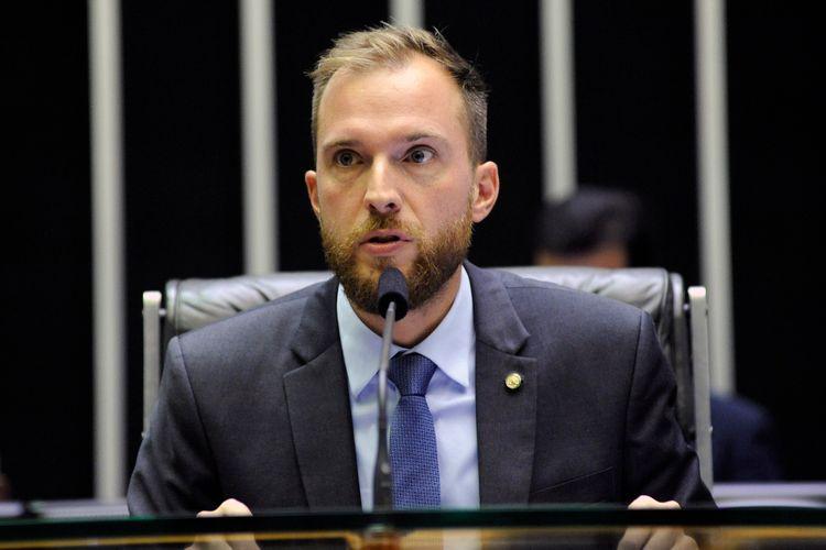 Ordem do dia para discussão e votação de diversos projetos. Dep. Vinicius Poit (NOVO - SP)