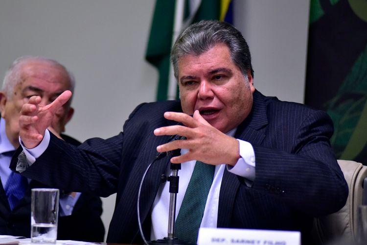 """debate para o lançamento e apresentação do """"I Relatório Nacional Sobre Gestão e Uso Sustentável da Fauna Silvestre"""". Dep. Sarney Filho (PV-MA)"""