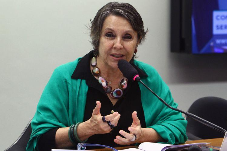 Audiência pública para esclarecer as propostas de mudanças na legislação dos planos de saúde, na modalidade de autogestão. Dep. Érika Kokay (PT-DF)