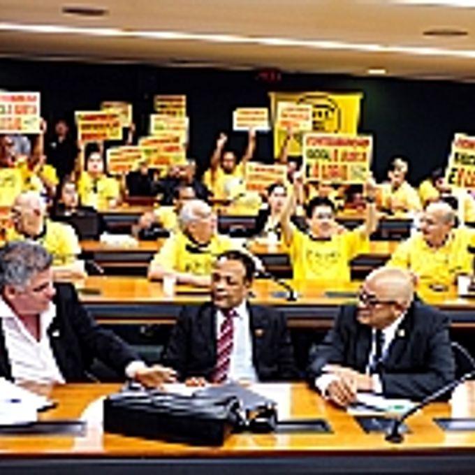 Audiência Pública Tema: Viabilidade da criação de uma contribuição negocial, com a consequente extinção do imposto sindical