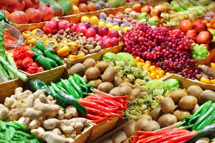 Alimentos - frutas verduras legumes alimentação saudável feiras supermercados nutrição vitaminas