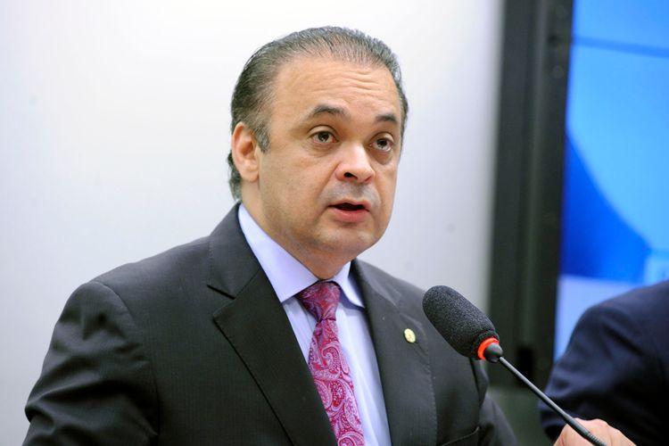 Reunião ordinária. Dep. Roberto de Lucena (PODE - SP)