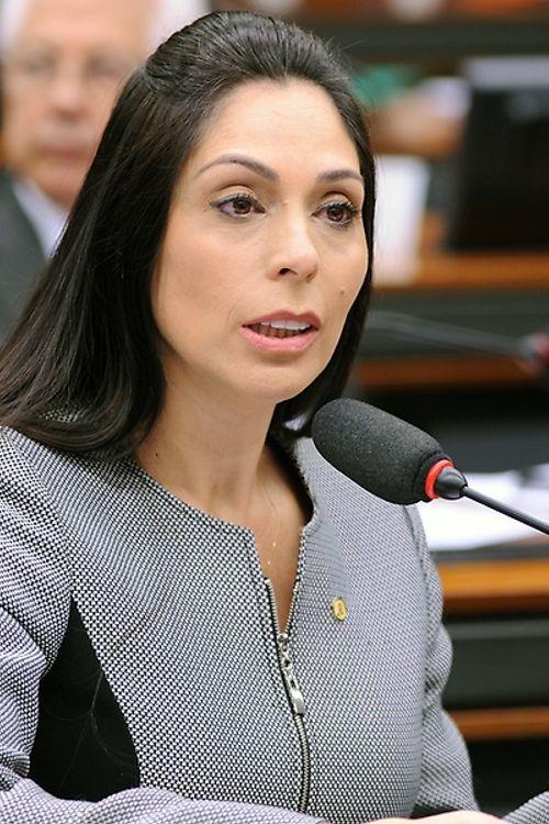 Audiência pública obre o diagnóstico e tratamento da Síndrome de Irlen. Dep. Geovania de Sá (PSDB - SC)