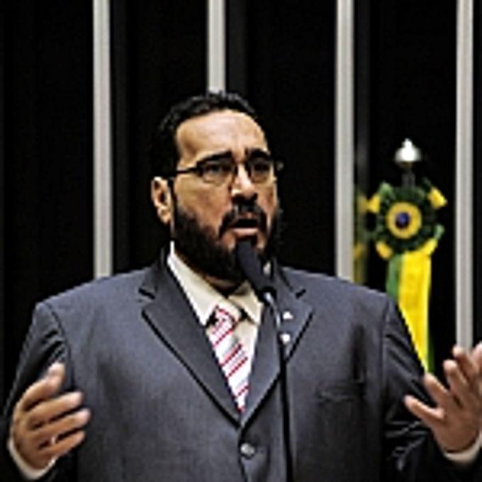 Amauri Teixeira