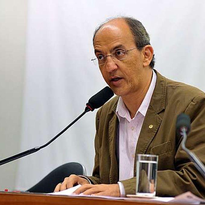 Audiência pública. Presidente da CPI, dep. Arnaldo Jordy (PPS-PA)