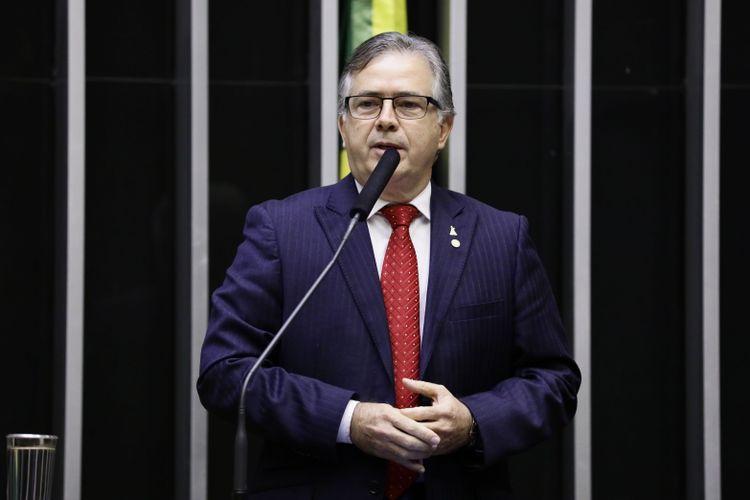 Homenagem ao Dia Nacional do Exército. Dep. Joaquim Passarinho (PSD-PA)
