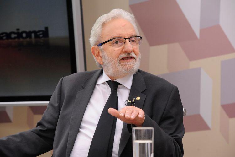 O Expressão Nacional desta semana debate sobre A Reforma Política: regras para eleições de 2018 estão definidas. Deputado Ivan Valente (Psol/SP)