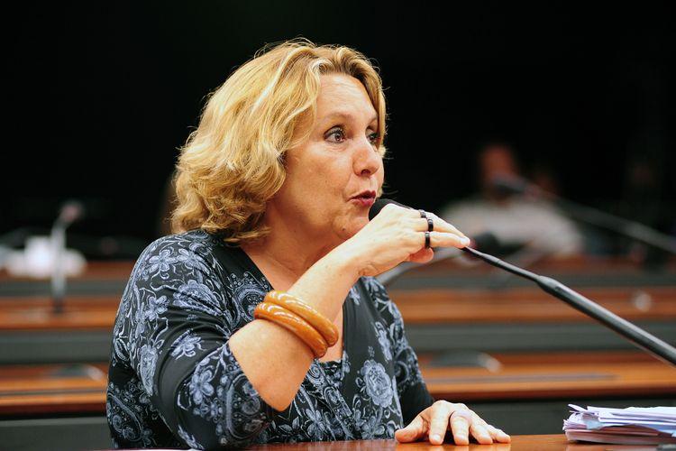 Reunião Ordinária: discussão e votação do parecer da relatora - dep. Erika Kokai (PT-DF)