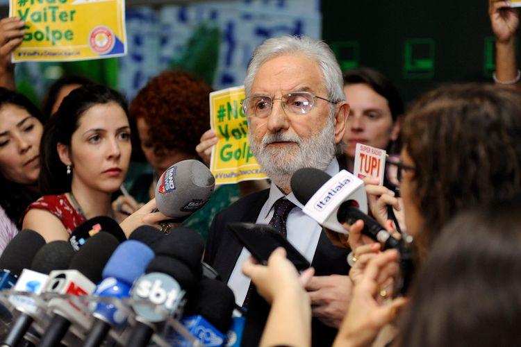 De. Ivan Valente (PSOL-SO) fala sobre a anulação da sessão de votação do impeachment da presidente Dilma Rousseff na Câmara dos Deputados