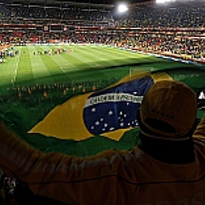Esporte - Geral - Jogo do Brasil na Copa de 2010 - Estádio