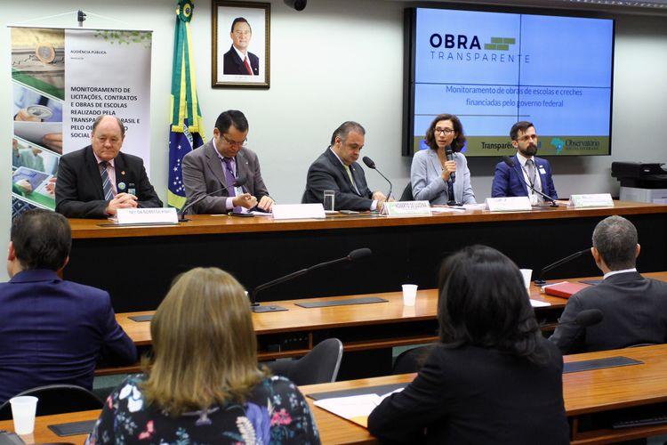 Audiência pública sobre o monitoramento de licitações, contratos e obras de escolas realizado pela Transparência Brasil e Observatório Social do Brasil