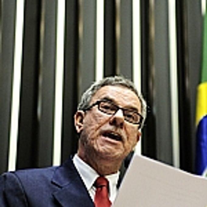 Waldenor Pereira