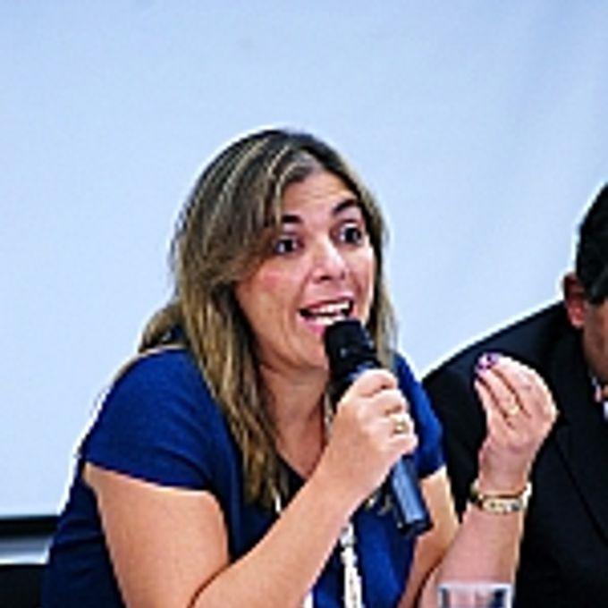 Tema: Trabalho Escravo: Vergonha Nacional. Luciana Paula Conforti (representante da Associacao Nacional dos Magistrados do Trabalho)