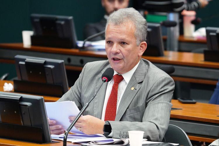 Reunião Ordinária para discussão e votação do parecer do relator, dep. Samuel Moreira (PSDB/SP). Dep. André Figueiredo (PDT - CE)