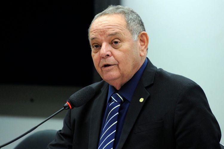 Audiência pública sobre o sucateamento das universidades públicas no Brasil. Dep. Prof. Gedeão Amorim (MDB - AM)