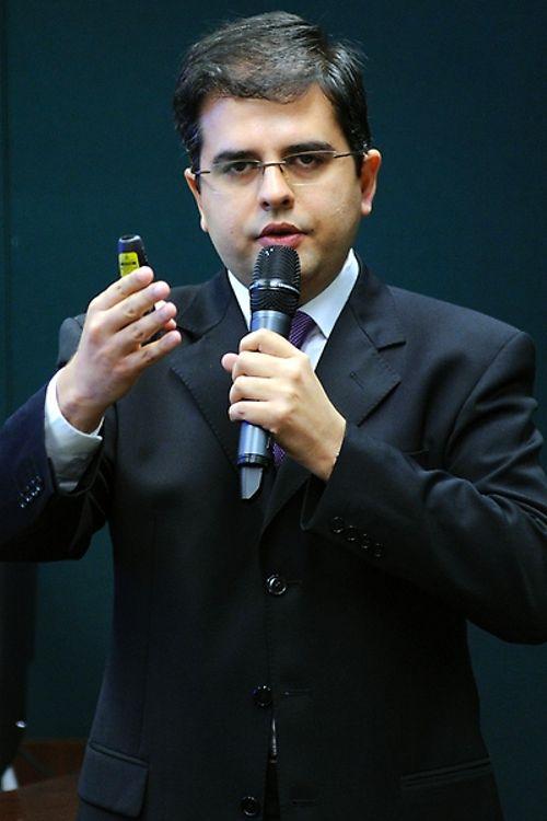 Audiência pública para debate sobre o jogo virtual Baleia Azul. Presidente da ONG SaferNet Brasil, Thiago Tavares Nunes de Oliveira