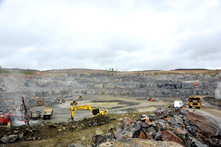 Economia - geral - obras construção usina hidrelétrica de Belo Monte em maio de 2015