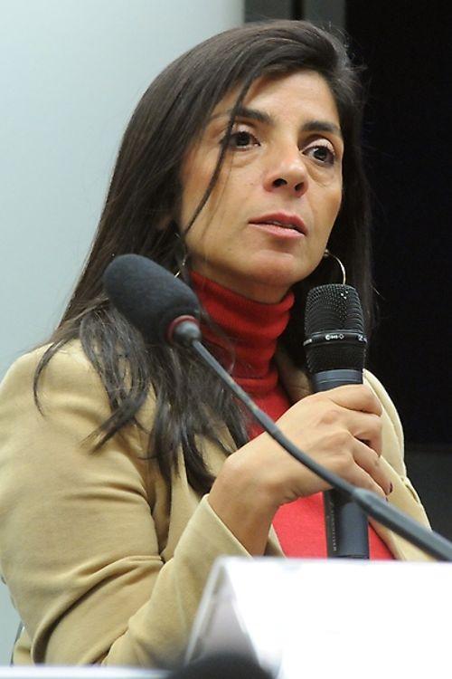 Audiência pública para debate sobre o jogo virtual Baleia Azul. Porta-Voz do Centro de Valorização da Vida (CVV), Leila Herédia
