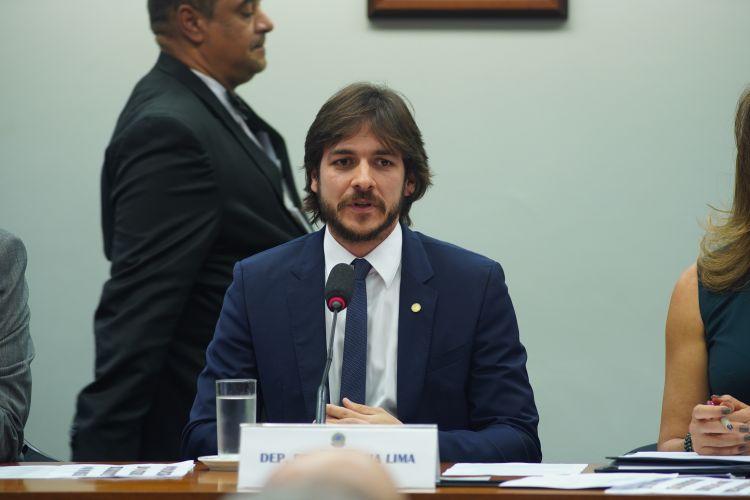 Instalação da Comissão e eleição para presidente e vice-presidentes. Presidente, dep. Pedro Cunha Lima (PSDB - PB)
