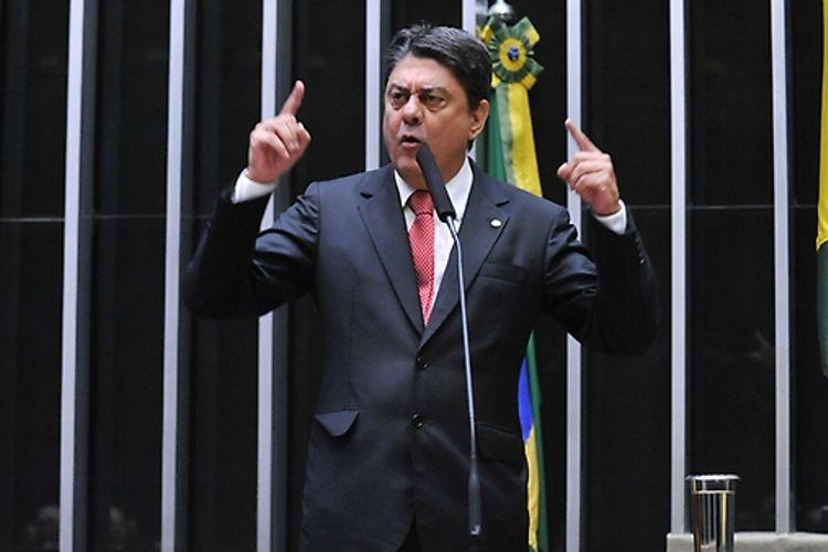 Sessão especial para discussão e votação do parecer do dep. Jovair Arantes (PTB-GO), aprovado em comissão especial, que recomenda a abertura do processo de impeachment da presidente da República - Dep. Wadih Damous (PT-RJ)