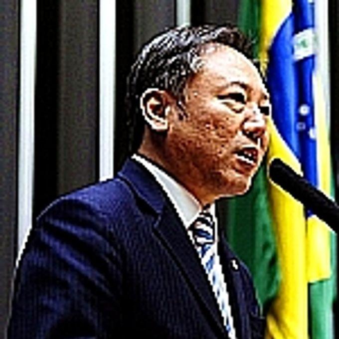 Walter Ihoshi