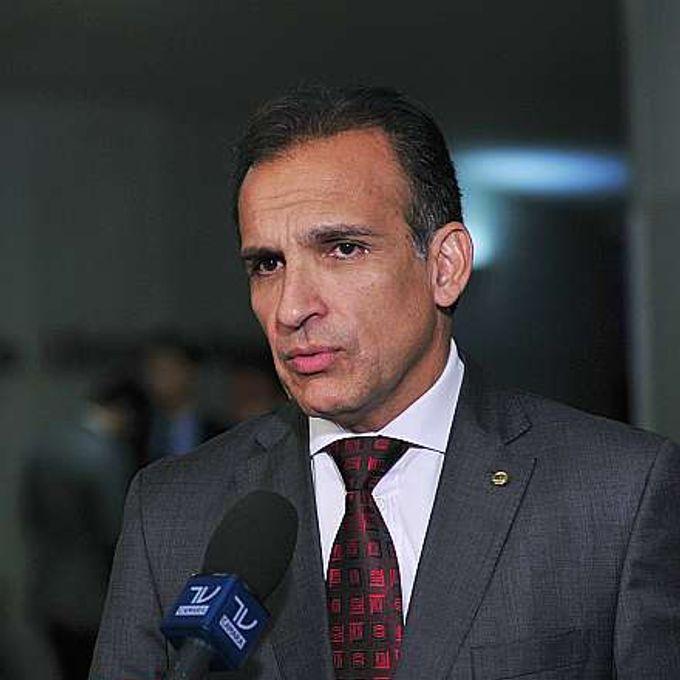 Entrevista do Dep. Hugo Leal (PROS-RJ) fala sobre o pacote anticorrupção