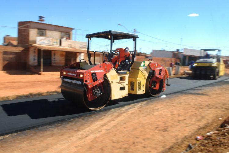 Cidades - infraestrutura - asfaltamento pavimentação obras públicas municípios ruas urbanização