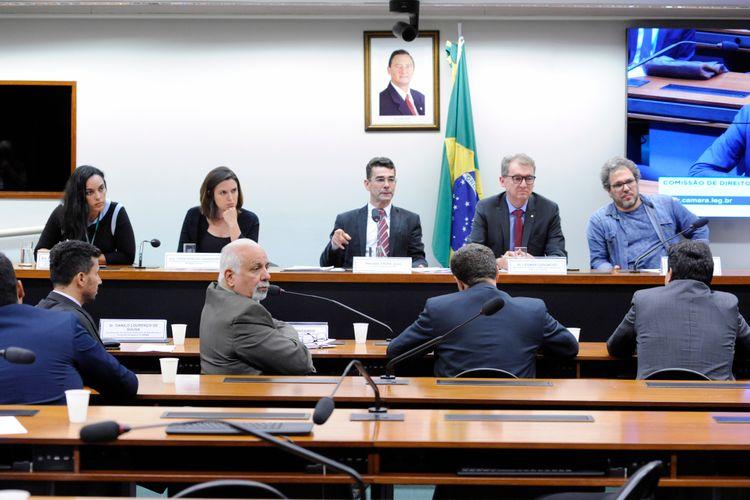 Audiência pública sobre a contaminação da água potável por agrotóxico no Brasil