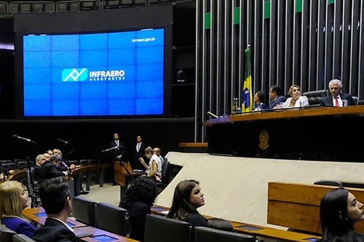 Homenagem aos 45 Anos da Empresa Brasileira de Infraestrutura Aeroportuária - Infraero