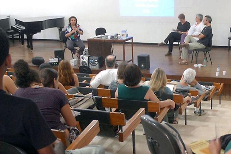 Educação - Geral - Brasília - Estudantes e professores participam do 1º Simpósio sobre o Ensino e a Aprendizagem da Música Popular, na Universidade de Brasília (UnB)