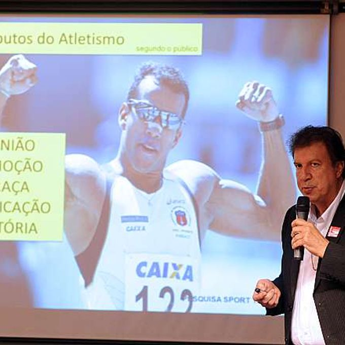 Audiência pública sobre os planos e programas de incentivo e descobertas de novos talentos para as Olimpíadas no Rio de Janeiro em 2016. Presidente da Confederação Brasileira de Atletismo, José Antônio Martins Fernandes