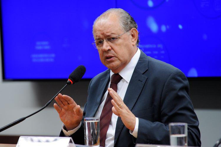 Reunião ordinária para apresentação de relatório prévio do dep. Luiz Carlos Hauly (PSDB-PR)