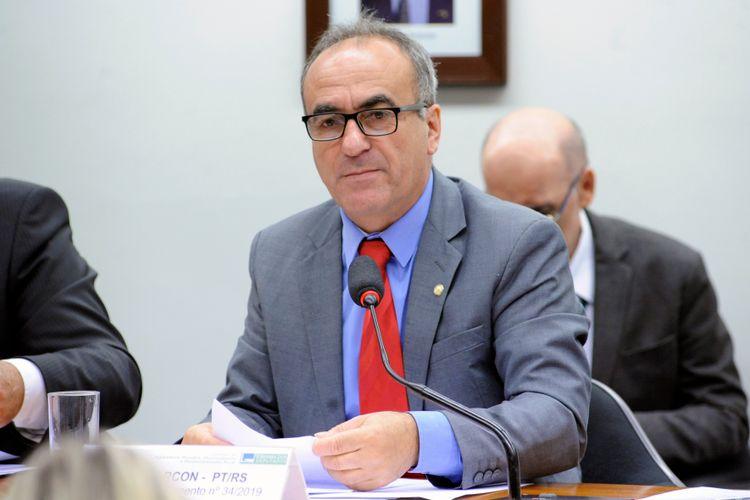 Reunião para esclarecer as possíveis repercussões para o comércio externo do agronegócio brasileiro de posicionamentos do Chanceler e do Governo na política externa. Dep. Marcon (PT-RS)