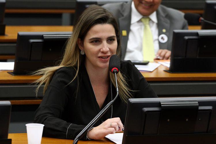 Reunião ordinária. Dep. Clarissa Garotinho (PROS - RJ)