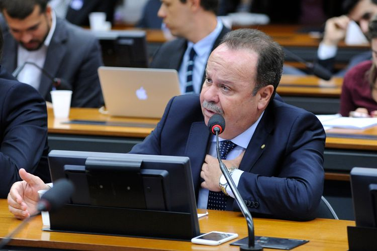 Audiência pública sobre as medidas para captação de turistas estrangeiros para o Brasil pós-olimpíadas. Dep. Goulart (PSD-SP)