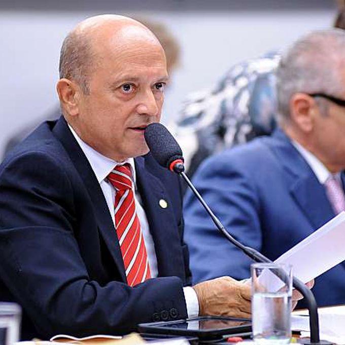 Discussão e votação do parecer do relator, deputado Angelo Vanhoni (PT-PR). Dep. Lelo Coimbra (PMDB-ES)