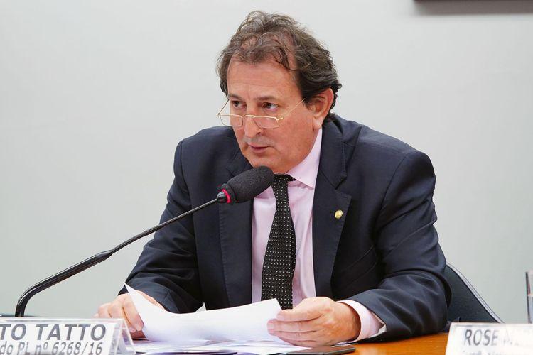 Mesa redonda para debater o PL 6.268/16, que estabelece um novo marco legal para o manejo da fauna nacional. Dep. Nilto Tatto (PT - SP)