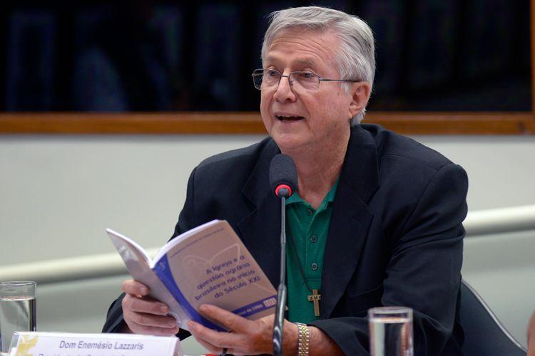 Audiência pública sobre as questões referentes às invasões de propriedades rurais e à escalada da violência no campo. Presidente da Comissão Pastoral da Terra, Dom Enemécio Lazzaris