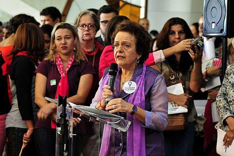 """Reunião para coordenação de ações referentes a Reforma mais Mulheres na Política e lançamento da cartilha """"Mais Mulheres na Política"""". Ministra da Secretaria de Política para as Mulheres, Eleonora Menicucci"""