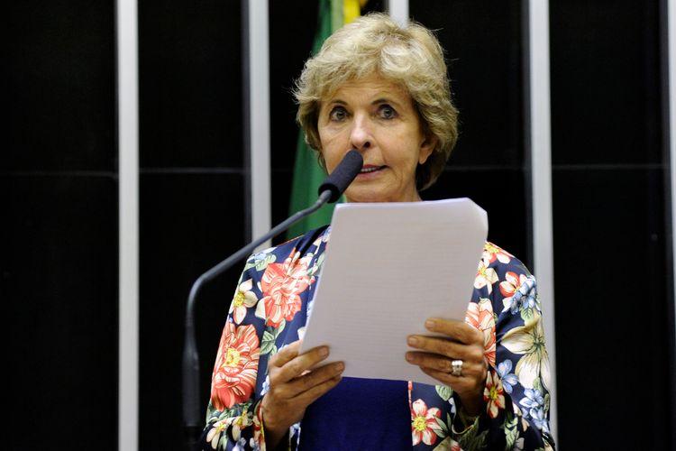 Ordem do dia para discussão e votação de diversos projetos. Dep. Yeda Crusius (PSDB - RS)