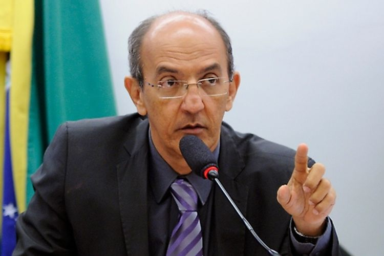 Audiência pública sobre a retirada compulsória de bebês de mães em situação de vulnerabilidade social em Belo Horizonte- MG. Dep. Arnaldo Jordy (PPS - PA)