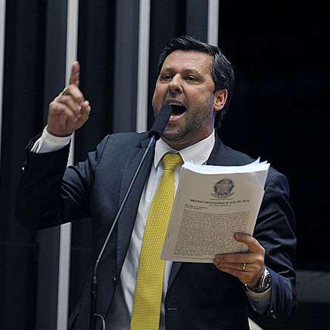 Votação da MPV 619/2013. Dep. Carlos Sampaio (PSDB-SP)