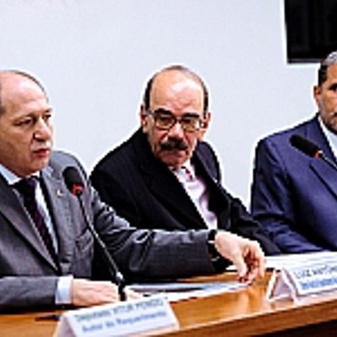 Luiz Antônio Pagot (Dir-Geral do Dep. Nacional de Infraestrutura e Transportes- DNIT), Dep. Edson Ezequiel(PMDB-RJ), Admar Pires dos Santos