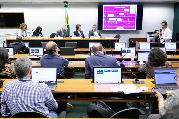 Reunião ordinária sobre os bioinsumos no Brasil e políticas para o desenvolvimento do setor