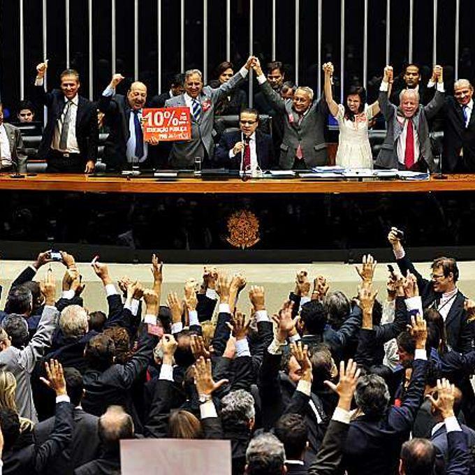Votação do PL 8035/2010, que aprova o Plano Nacional de Educação para o decênio 2011-2020