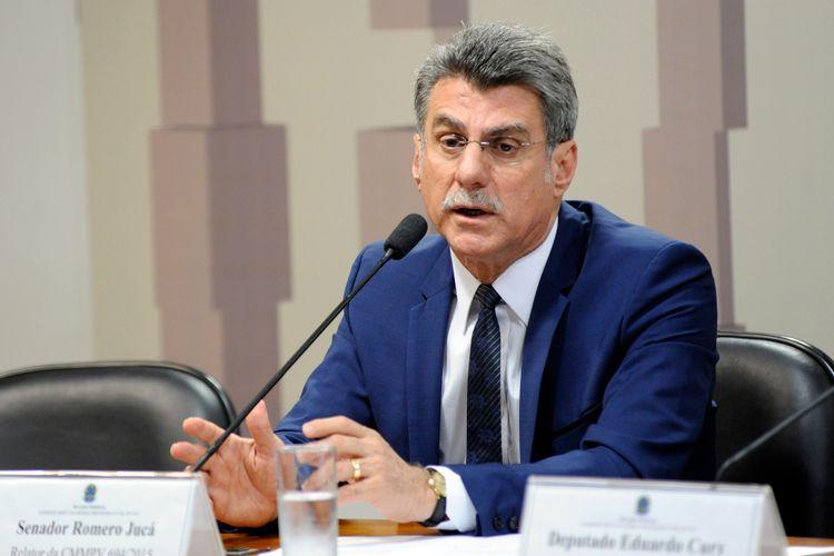 Reunião da Comissão Mista sobre a MP 694/15, que aumenta alíquota de tributo e reduz incentivo fiscal da Lei do Bem. Sen. Romero Jucá (PMDB-RR)