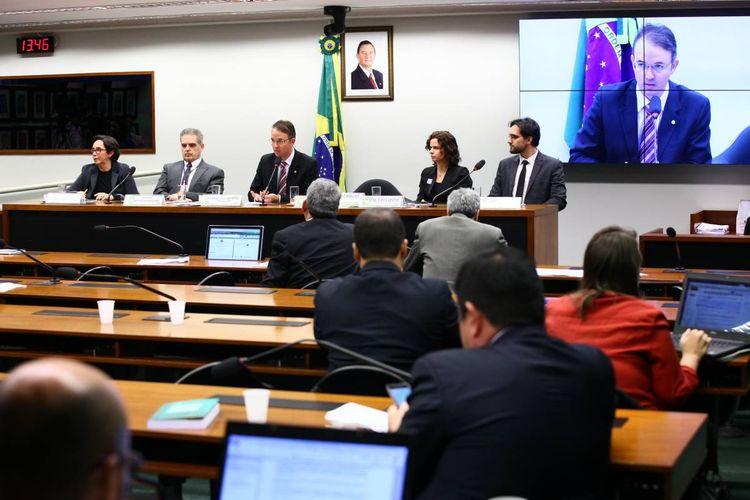 Audiência conjunta Franquia de Dados Internet Banda Larga