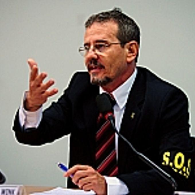 Marcos Vinício de Souza Wink (presidente da Federação Nacional dos Policiais Federais – FENAPEF)