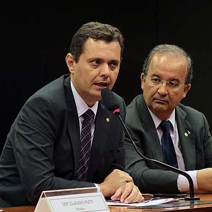 Discussão e votação do parecer. Dep. Claudio Puty (PT-PA) e Jorginho Mello (PR-SC)