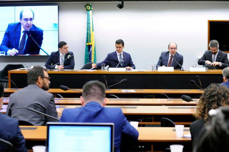 Audiência pública sobre a PEC 333/2017 e suas apensadas